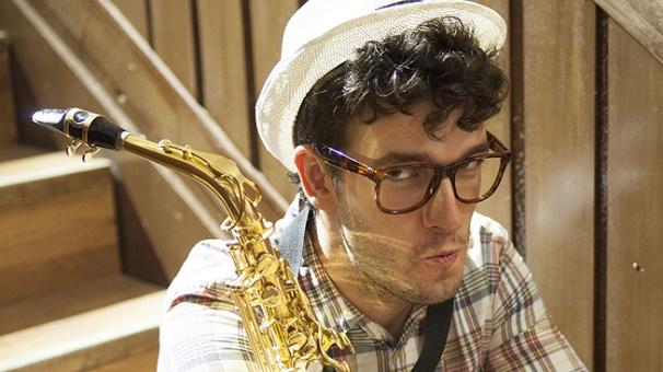 Alan (Bastian Iglesias)