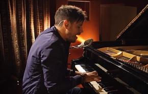 Pablo López graba 4 temas en directo paraVEVO