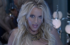 "Britney Spears espectacular en el vídeo de ""Work Bitch"""