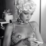 Rihanna Pour it up (7)