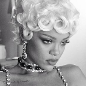 """Rihanna estrena el vídeo de """"Pour itUp"""""""